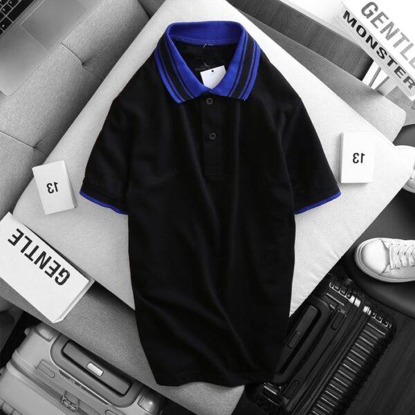 Áo thun nam cổ bẻ logo ở ngực trái phối viền ở cổ và tay áo màu đen