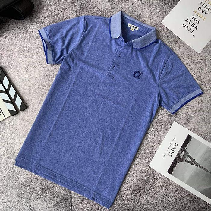 Áo thun nam trơn cổ bẻ phối viền ở cổ và tay áo với logo a cách điệu xanh biển