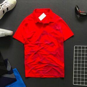 Áo thun nam cổ bẻ có chữ EQ và Backgroud trước áo màu đỏ