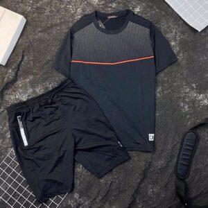 Set đồ bộ thể thao áo đen quần đen