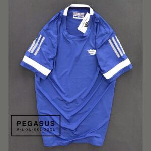Áo thun nam Pegasus cổ tròn màu xanh dương phối sọc 3 sọc ngắn màu trắng ở tay