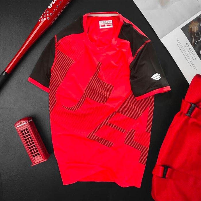 Áo thun nam thể thao cổ tròn màu đỏ phối tay màu đen