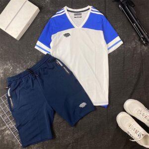 Áo thun thể thao cổ V xanh dương trắng phối quần short thun đen