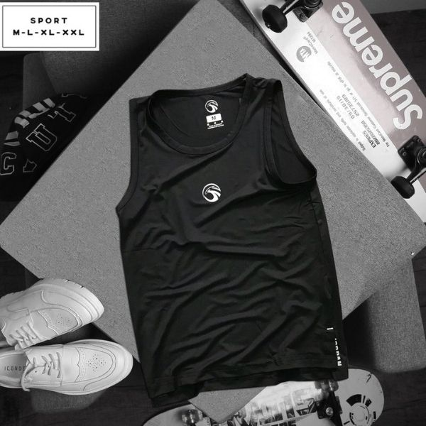 Áo thun thể thao đen